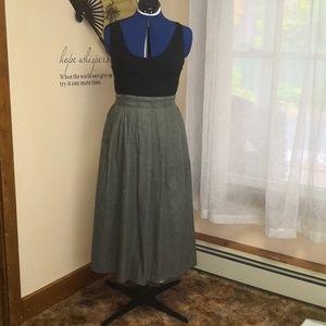 Vintage 1970s green midi skirt